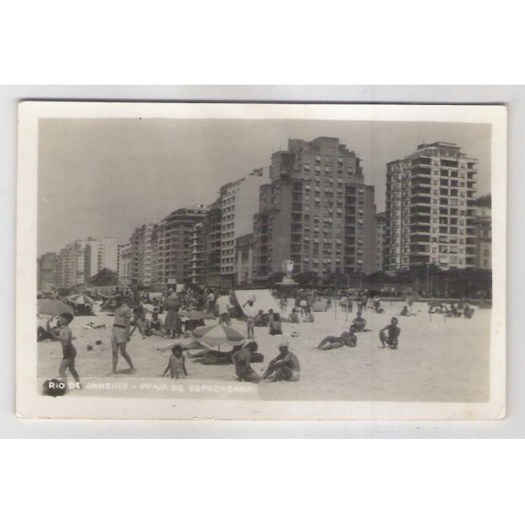 RJ42 - Cartão postal circulado, franquia mecânica, 1950,Praia de Copacabana. Rio de Janeiro. Wessel.