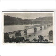 MR01 - Cartão postal, Rio Uruguay, enchente de 7 de novembro de 1927, Marcilino Ramos. Ponte