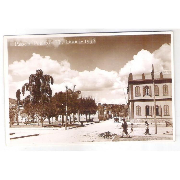 to14 - Cartão postal antigo, 1938, Theófilo Ottoni, Passeio Público.