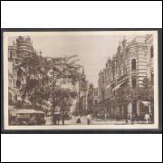 RJ142 Postal Circulado em 1922 porteado com Selo 200 Réis, Avenida Rio Branco. Carros.