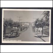 Foto Postal, anos 50, Jaú, Rua 7 de Setembro, carro.