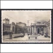 Foto Postal, anos 50, Maceió, Praça Dona Rosa da Fonseca, Farmácia Brasil.