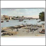 re01 - Cartão postal antigo, circulado em 1912, Caes 22 de Novembro, Pernambuco. Ponte, barcos.