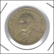 1945 -  10 Centavos, bronze-alumínio, COM SIGLA, RARA, mbc. Getúlio Vargas