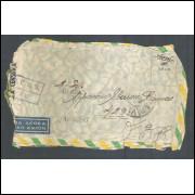 1945 - Envelope de Caçapava para Itália com etiqueta e carimbo de censura CCBS-27. Segunda Guerra.