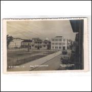 to01 - Cartão postal antigo, Teófilo Ottoni -1- Praça Tiradentes. Studio Foto Ideal Caratinga.