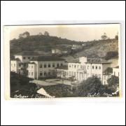 to06 - Cartão postal antigo, Teófilo Otoni, Colégio São Francisco.