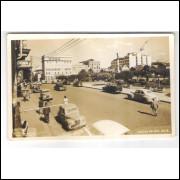 CX03 Foto Postal, Caxias do Sul, 1957, Avenida Júlio de Castilhos, carros.