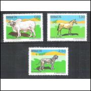 1974 - C-864/866 - Animais Brasileiros. Boi Mocho Tabapuã, Cavalo Criolo e Cão Fila.