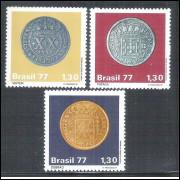 1977 - C-1002-4 - Moedas do Brasil Colonial. Numismática. - Vintém - Pataca - Dobrão.